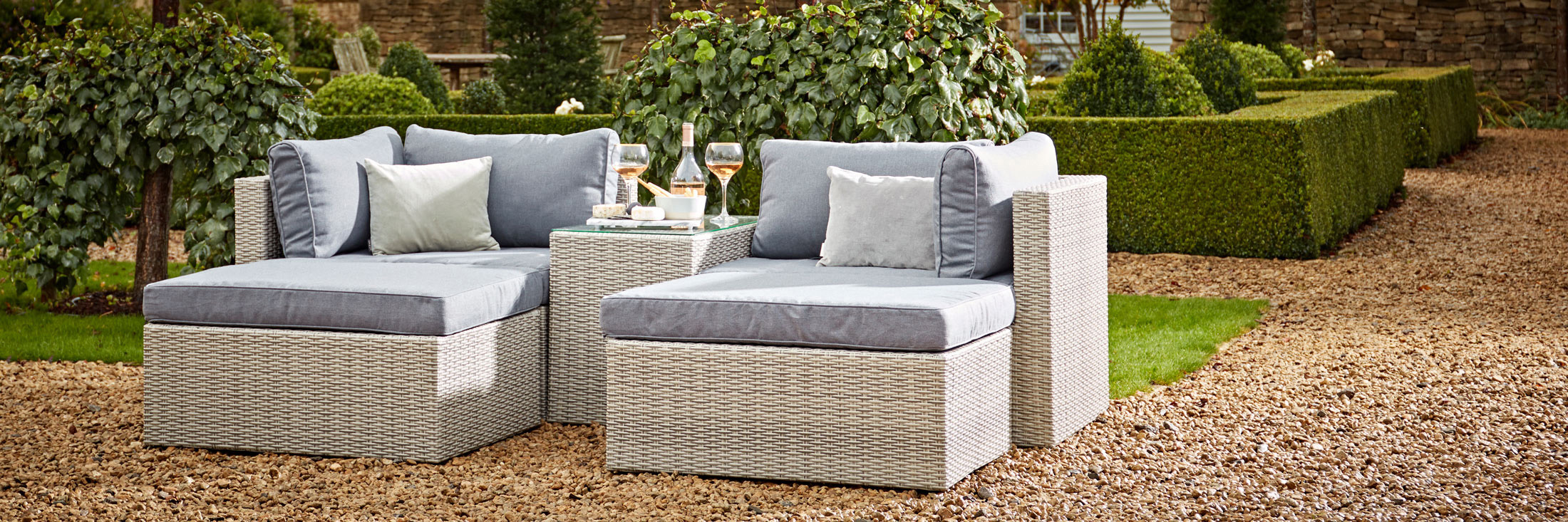 coxandcox.co.uk - Outdoor Furniture starting at just £25.00